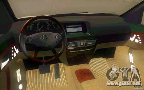 Mercedes Benz CL 500 para visión interna GTA San Andreas