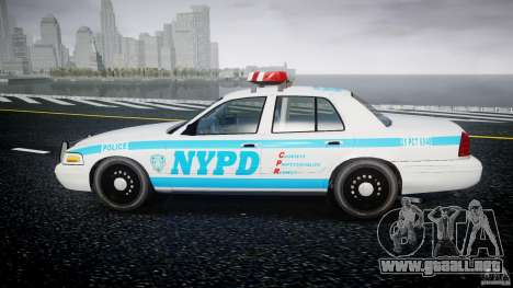 Ford Crown Victoria 2003 v.2 Police para GTA 4 left