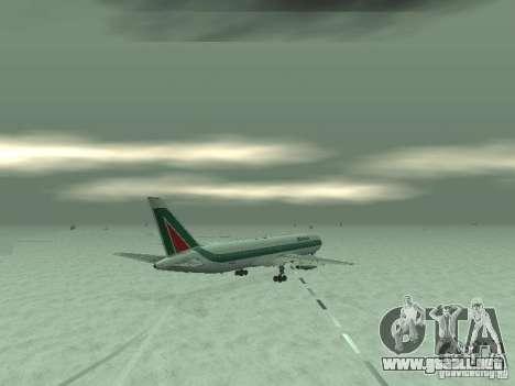 Boeing 767-300 Alitalia para GTA San Andreas vista hacia atrás
