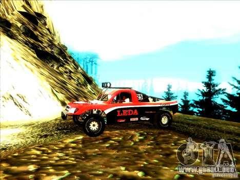 Toyota Tundra Rally para GTA San Andreas vista posterior izquierda