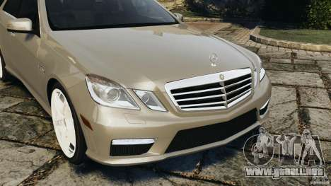 Mercedes-Benz E63 AMG para GTA 4 vista lateral