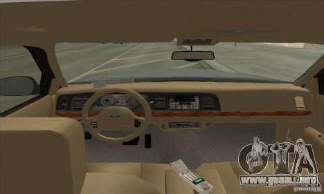 Ford Crown Victoria 2003 para GTA San Andreas left