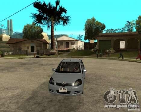 Toyota Vitz para GTA San Andreas vista hacia atrás
