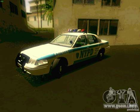 Ford Crown Victoria 2003 NYPD police para GTA San Andreas left