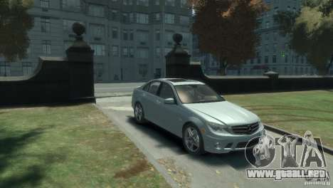 Mercedes Benz C63 AMG 2010 para GTA 4 left