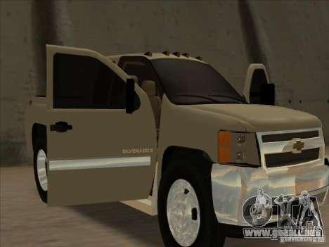 Chevrolet Silverado 3500 para GTA San Andreas vista hacia atrás