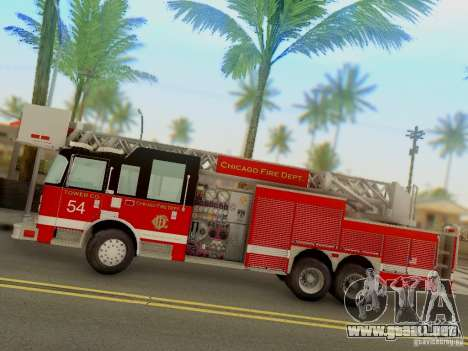 Pierce Tower Ladder 54 Chicago Fire Department para GTA San Andreas left