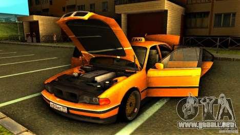 BMW 730i Taxi para vista lateral GTA San Andreas