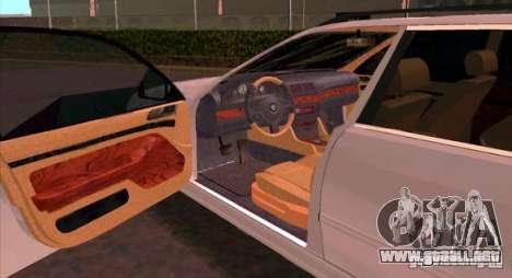 BMW 525 Touring V2 para la visión correcta GTA San Andreas