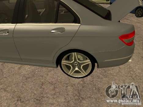 Mercedes-Benz C63 AMG para visión interna GTA San Andreas