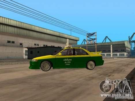 Toyota Camry Thailand Taxi para GTA San Andreas left