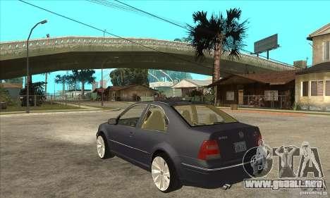 Volkswagen Bora VR6 4MOTION para GTA San Andreas vista posterior izquierda