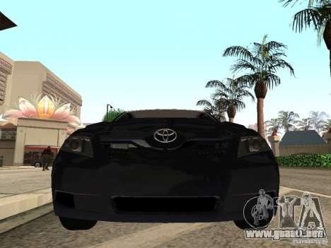 Toyota Camry 2010 para GTA San Andreas vista posterior izquierda