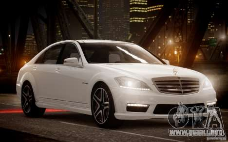 Mercedes-Benz S65 AMG 2012 v2.0 para GTA 4 left