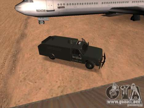 GMC SIERRA 3500 para GTA San Andreas vista hacia atrás
