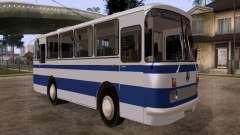 LAZ 697R para GTA San Andreas