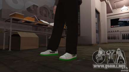 Lacoste runners para GTA 4