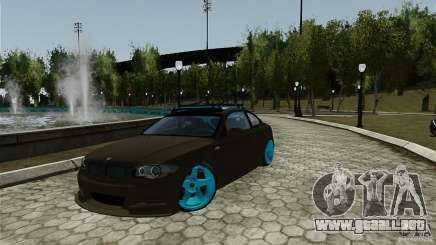 BMW 135i HellaFush para GTA 4