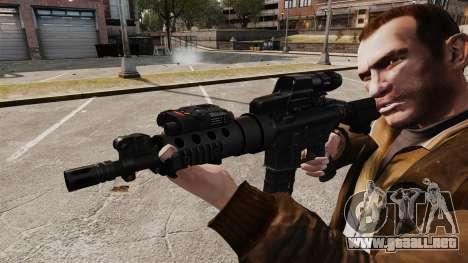 Táctica M4 v2 para GTA 4 adelante de pantalla