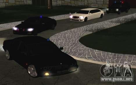BMW 750iL E38 con luces intermitentes para GTA San Andreas vista hacia atrás