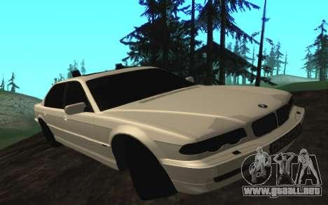 BMW 750iL E38 con luces intermitentes para GTA San Andreas left