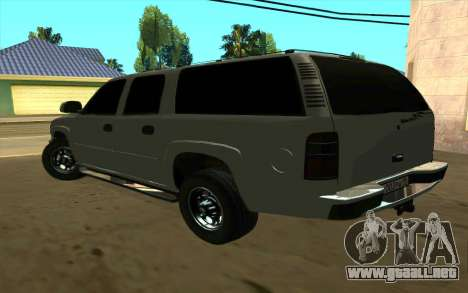 Chevrolet Suburban para GTA San Andreas vista posterior izquierda