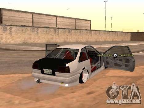Toyota Corrola GTS JDM para GTA San Andreas vista posterior izquierda