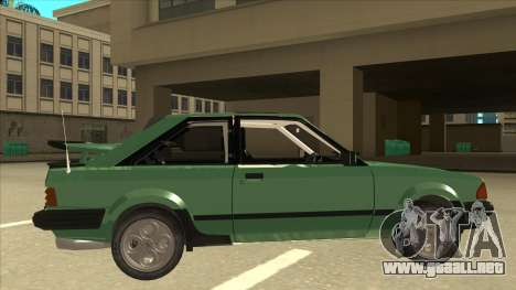 Ford Escort XR3 With Cosworth Spoiler para GTA San Andreas vista posterior izquierda