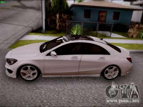 Mercedes-Benz CLA 250 para visión interna GTA San Andreas