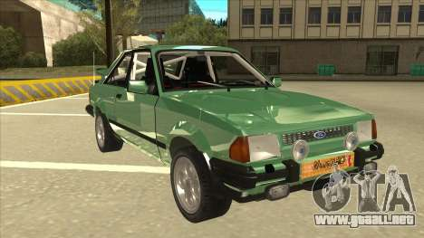 Ford Escort XR3 With Cosworth Spoiler para GTA San Andreas left