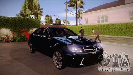 Mercedes-Benz C 63 AMG para visión interna GTA San Andreas