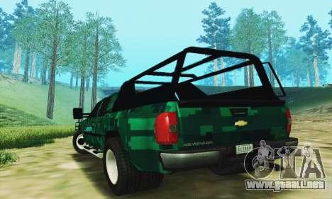 Chevrolet Silverado 3500 Military para GTA San Andreas vista posterior izquierda