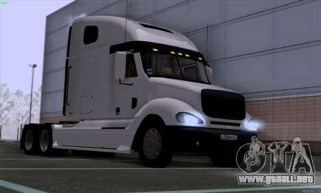 Freightliner Columbia para GTA San Andreas vista posterior izquierda