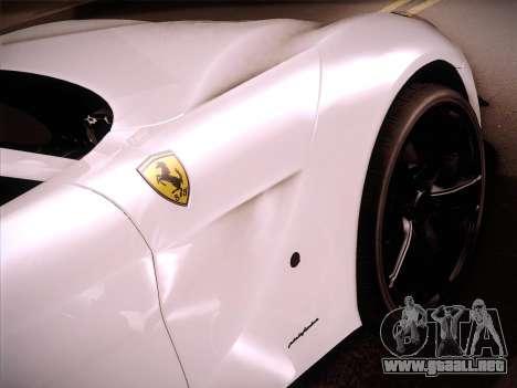 Ferrari F12 Berlinetta para GTA San Andreas vista posterior izquierda
