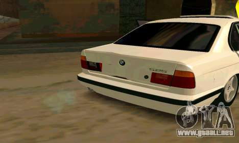 BMW 525 para GTA San Andreas left