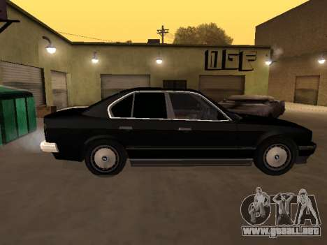 BMW 520i e34 para GTA San Andreas left