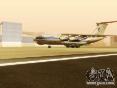 Il-76td Gazpromavia para GTA San Andreas left