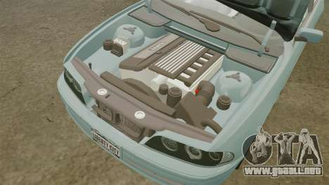 BMW 525i (E39) para GTA 4 vista lateral