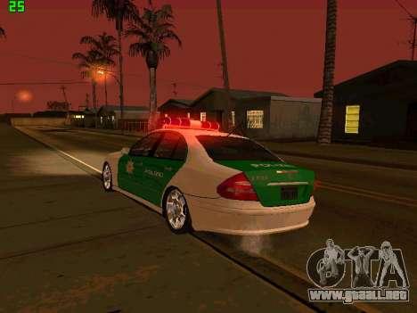 Mercedes-Benz  E500 Polizei para vista lateral GTA San Andreas