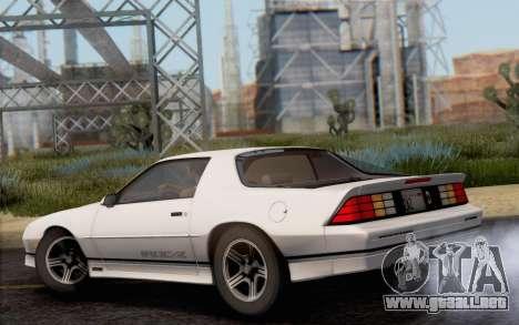 Chevrolet Camaro IROC-Z 1990 para GTA San Andreas left