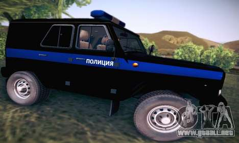 Policía UAZ Hunter para GTA San Andreas vista hacia atrás