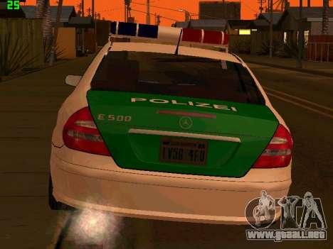 Mercedes-Benz  E500 Polizei para GTA San Andreas vista posterior izquierda