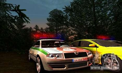 Skoda Superb POLICIE para GTA San Andreas
