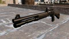 Escopeta semiautomática la Benelli táctico
