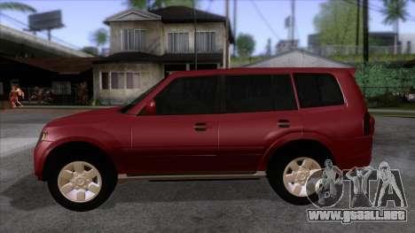 Mitsubishii Pajero IV para GTA San Andreas left