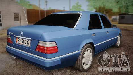Mercedes-Benz E320 W124 para GTA San Andreas left