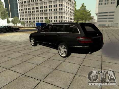 Mercedes-Benz w212 E-class Estate para GTA San Andreas vista hacia atrás
