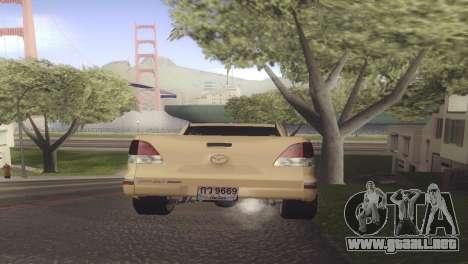 Mazda BT-50 Pro para GTA San Andreas vista posterior izquierda