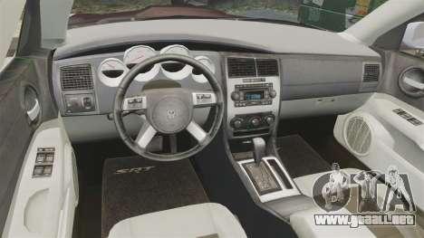 Dodge Charger SRT8 2007 para GTA 4 vista hacia atrás