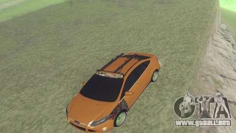 El Ford Focus Sedán Hellaflush para GTA San Andreas left